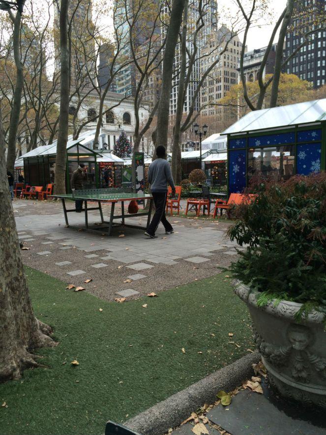 annie-nyc-2016bryparkentrance